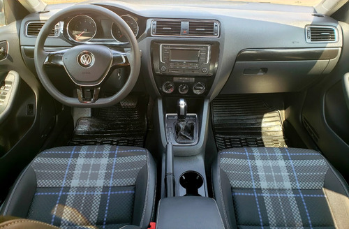 volkswagen jetta 2.0 tiptronic at 2017