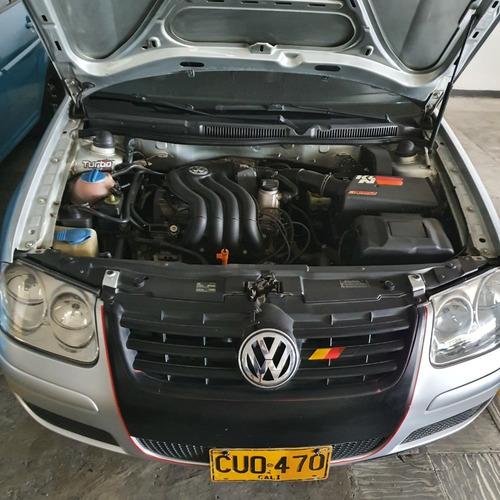 volkswagen jetta 2009  cilindrada 2.000