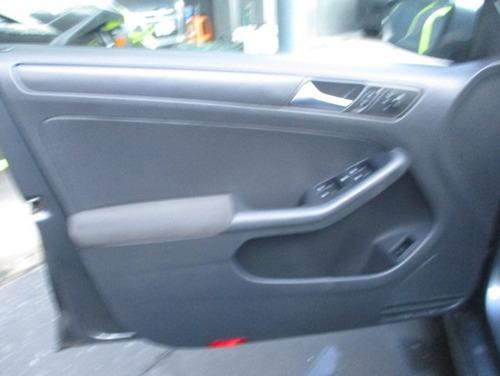 volkswagen jetta 2012 2.5 style tiptronic at 2.5