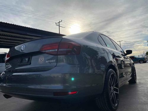 volkswagen jetta 2018 4p sportline l5/2.5 aut