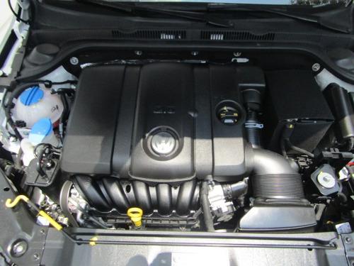 volkswagen jetta 2.5 comfortline mt--17-600-jj