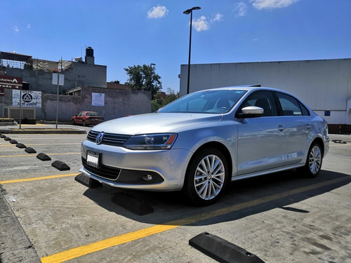 volkswagen jetta 2.5 sport at 2013