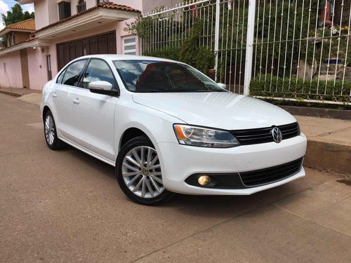 volkswagen jetta 2.5 sport at 2014