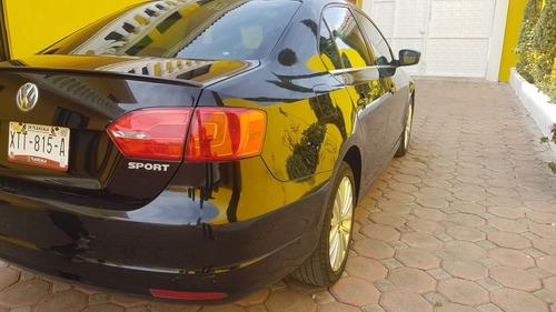 volkswagen jetta 2.5 sport at 2014