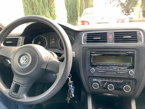 volkswagen jetta 2.5 style mt 2012