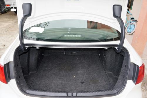 volkswagen jetta 2.5 style tiptronic at 2013