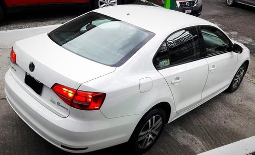volkswagen jetta 2.5 trendline mt 2015