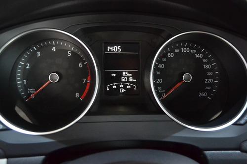 volkswagen jetta 2.5 trendline mt // 6,019 km // 352822