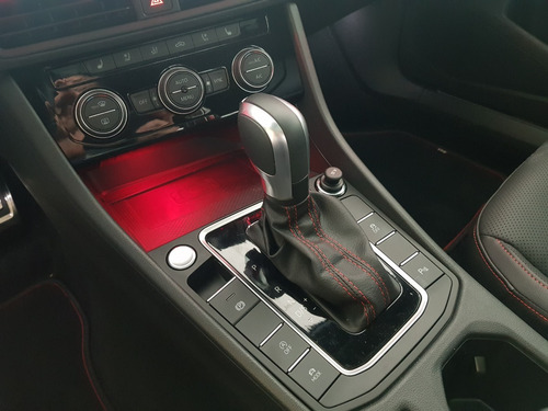 volkswagen jetta gli 2.0 transmisión dgs 2020