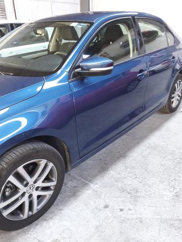 volkswagen jetta trendline azul mod 2016