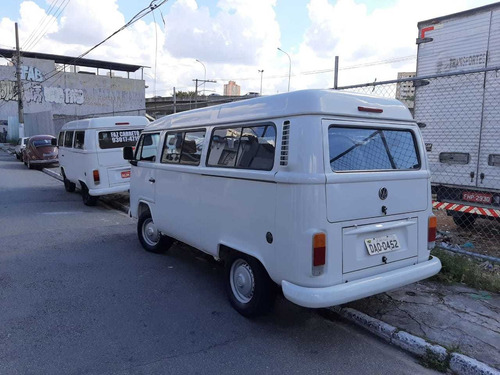 volkswagen kombi 1.4 escolar total flex 3p 2013