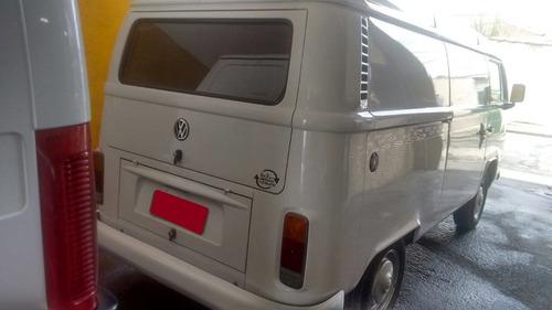 volkswagen kombi 1.4 total flex 3p - 2011 - novissima