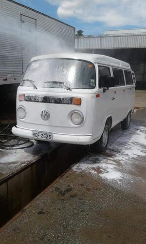 volkswagen kombi 1.6 escolar 3p gasolina 2006