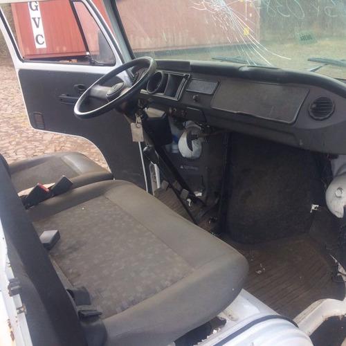 volkswagen kombi 2012 - sucata para retirar peças