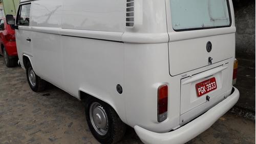 volkswagen kombi furgão