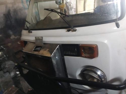 volkswagen kombi furgón