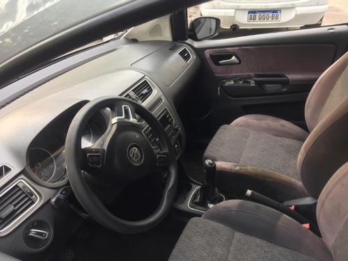 volkswagen modelo suran 1.6l 5p año 2014 siniestrado