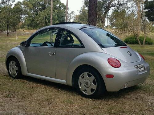 volkswagen new beetle 1.8 t.