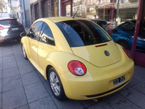 volkswagen new beetle 2.0 advance/2009