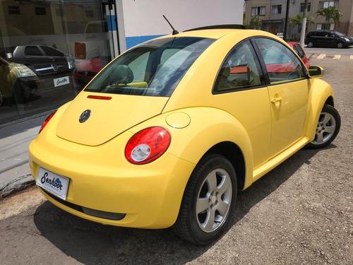 volkswagen new beetle 2.0 aut + teto solar amarelo - 2009