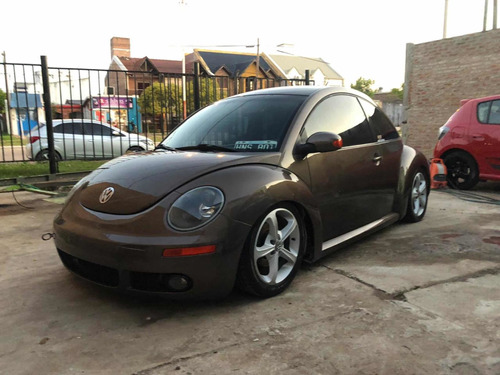 volkswagen new beetle 2.0 luxury 2008