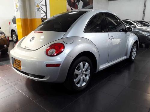 volkswagen new beetle 2000cc mecanico 4x2 gasolina