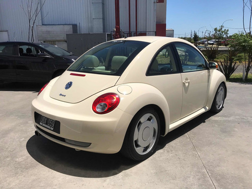volkswagen new beetle luxury