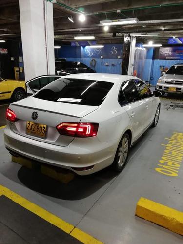 volkswagen new jetta gli 2.0 turbo