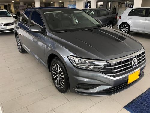 volkswagen nuevo jetta high line 2019