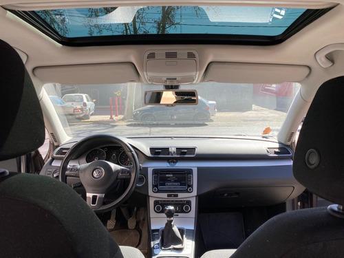 volkswagen passat  1.8 tsi 2012