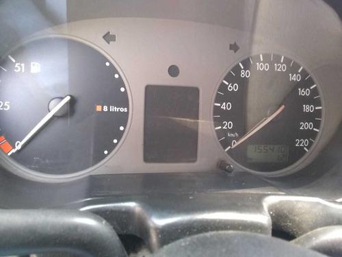 volkswagen pointer 1.6 city mt 2002