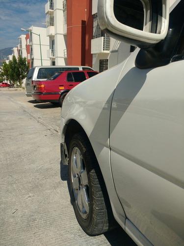 volkswagen pointer 1.6 trendline bluetooth mt 2009