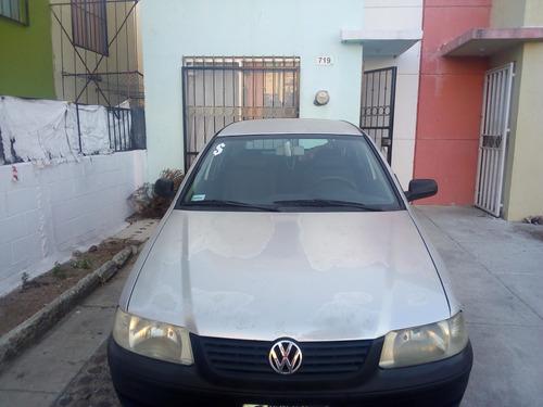 volkswagen pointer 2004 1.8 puertas 4