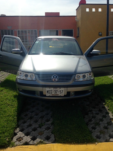 volkswagen pointer gti 2000