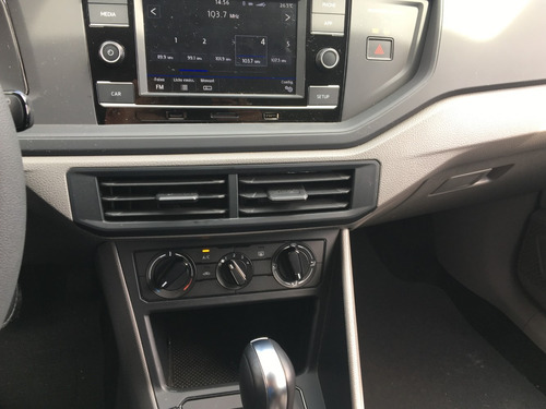 volkswagen polo 1.6 16v msi aut. 5p