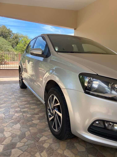 volkswagen polo 1.6 l4 sound mt 2018