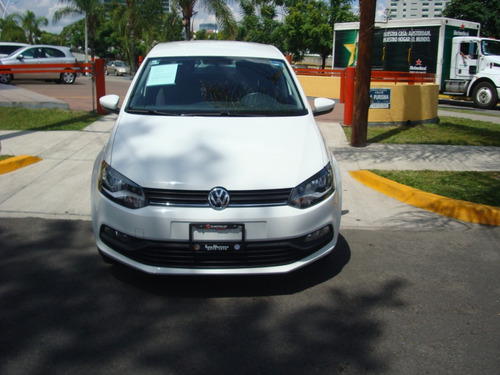 volkswagen polo 1.6 l4 tiptronic at 2018 blanco