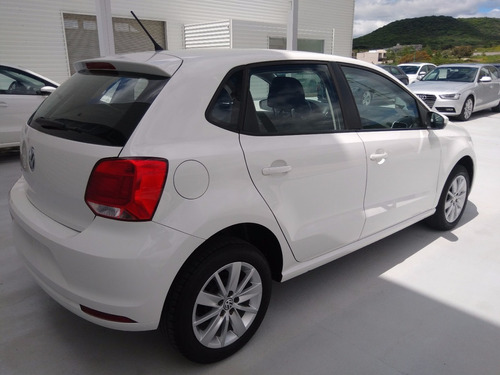 volkswagen polo 1.6 l4 tiptronic at