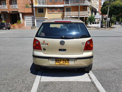 volkswagen polo 1.6 lts 2003