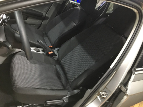 volkswagen polo 1.6 msi comfort plus at dm