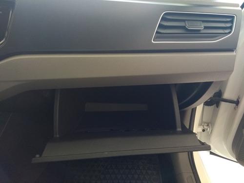 volkswagen polo 1.6 msi comfortline at 4