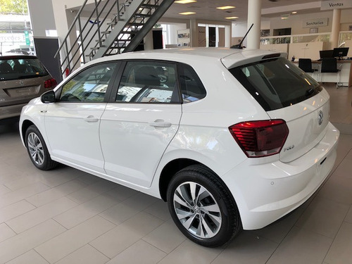 volkswagen polo 1.6 msi trendline manual  okm 2020 cm