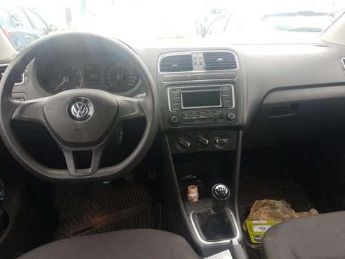 volkswagen polo 1.6 mt 2015