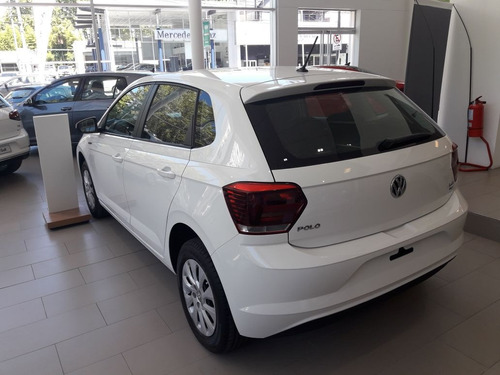 volkswagen polo 5 ptas tredline my 18 auth  linea nueva!!