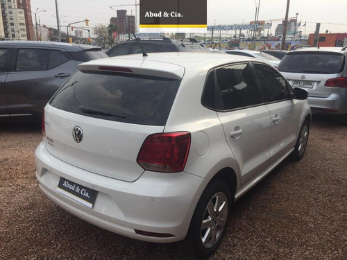 volkswagen polo highline 1.6 2015 impecable!