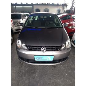 Volkswagen Polo Sedan 1.6 Flex