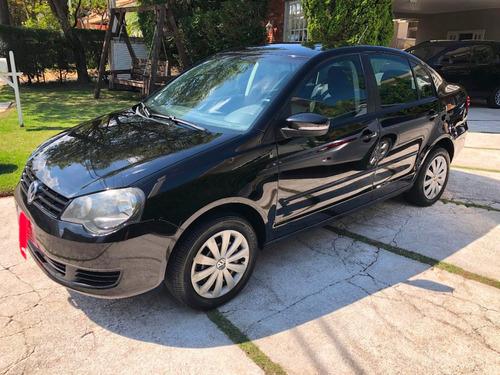 volkswagen polo sedan 1.6 vht comfortline total flex i-motio