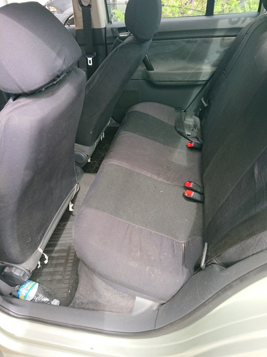 volkswagen polo sedan 1.6 vht total flex 4p 2009