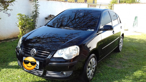 volkswagen polo sedan 1.6 vht total flex 4p 2010