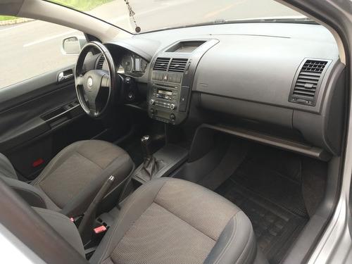 volkswagen polo sedan 2.0 4p comfortline